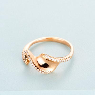 寰宇汇金城 18K金玫瑰色钻石戒指AU750玫瑰金戒指扭转冷淡风简约韩版指环镶钻戒指