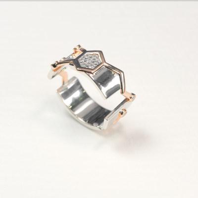 幸福世界S925银合成立方氧化锆戒指 (样板)