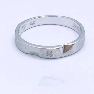 爱圣 S925银电白立方氧化锆男款戒指