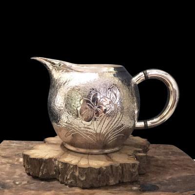 道之赋-足银本色茶具礼品-兰花公道杯(树皮纹底)