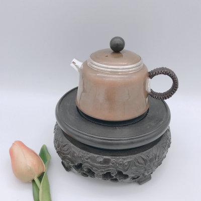 银创道-足银本色檀木茶具-铜包银小壶