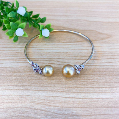 幸福花季AU750金珍珠手镯 时尚轻奢珍珠嵌宝手镯