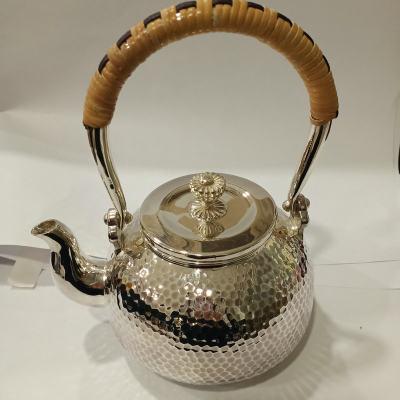 粼光 足银本色茶具 槌石纹提梁壶