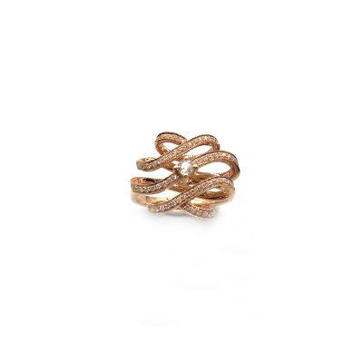 18K玫瑰色钻石戒指